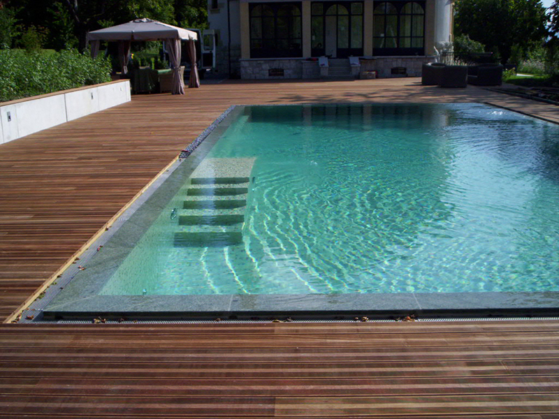 Terrasse de piscine geneve terrasse bois geneve balver for Carouge piscine